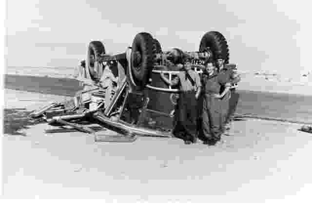 Mk_5_Tender_Crash_Perimeter_Track_El_Adam_Airfield_1960_1961